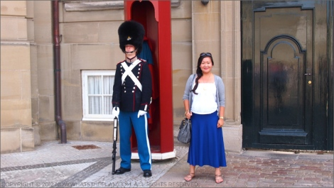 Photo op with a Danish royal guard