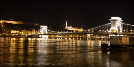 Chain bridge and Matthias Church at night