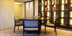 Hotel Arts Barcelona: The Arts Suite's dining area