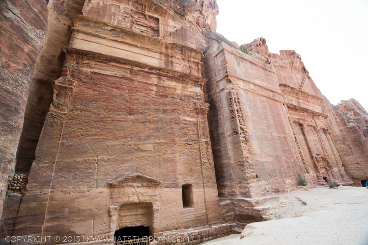 The square tombs