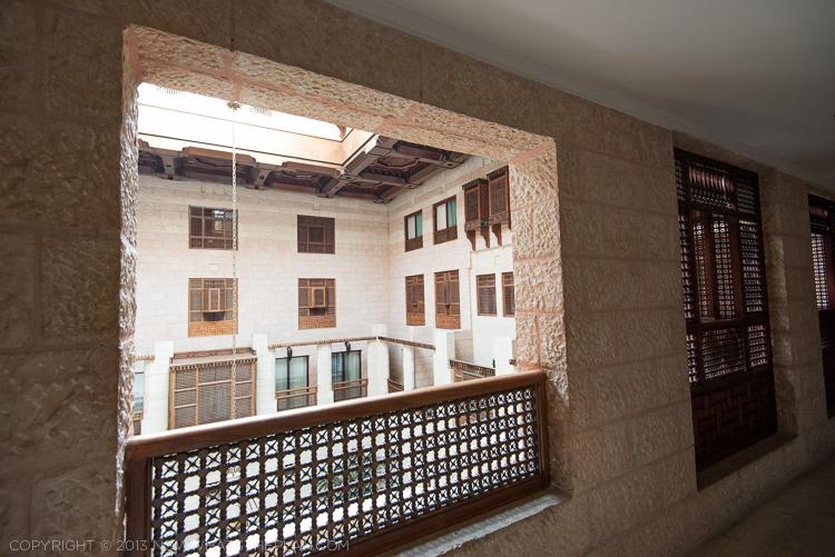 Movenpick Resort Petra atrium