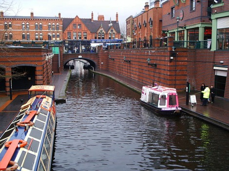 Birmingham Canal at Broad Street Tunnel (Wikimedia Commons)