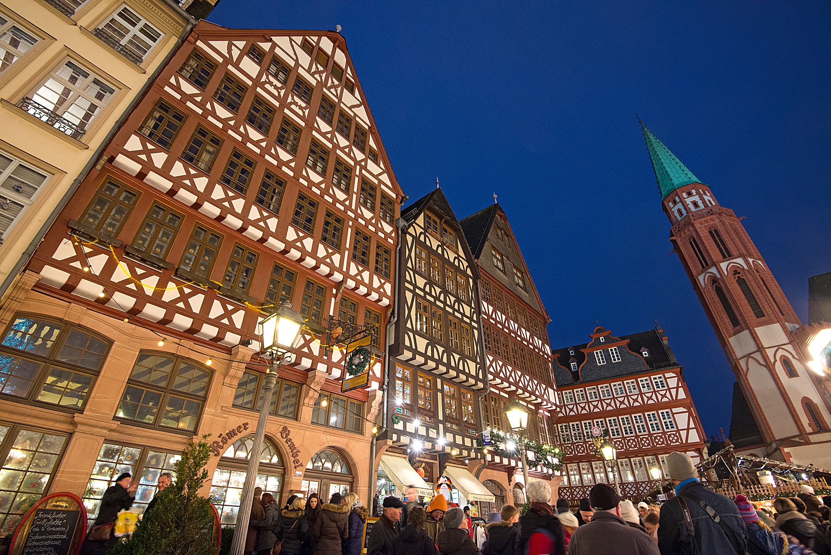 frankfurt-christmas-market-2-nowwhatstheplan